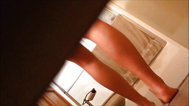 マッサージ師は抵抗することができず、陰茎に登った 女性 用 動画 クンニ